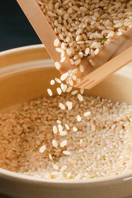玄米の研ぎ方、正しい洗い方はどうするの?